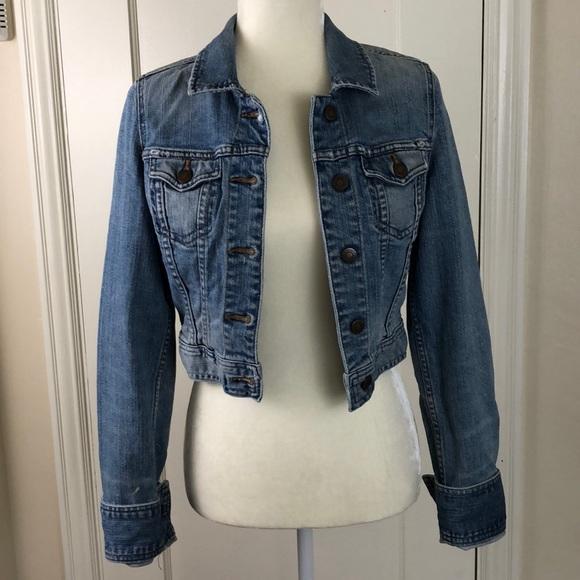 Abercrombie & Fitch Jackets & Blazers - Abercrombie & Fitch cropped jean jacket